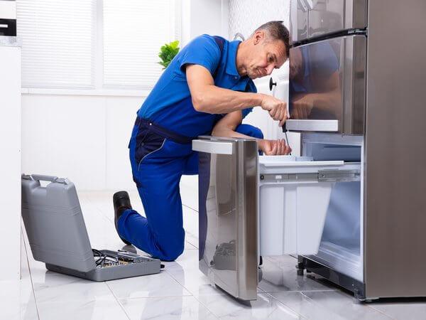 Ремонт холодильника в Киеве